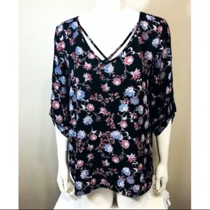 HIPPIE ROSE Large Shirt Black Floral Blouse